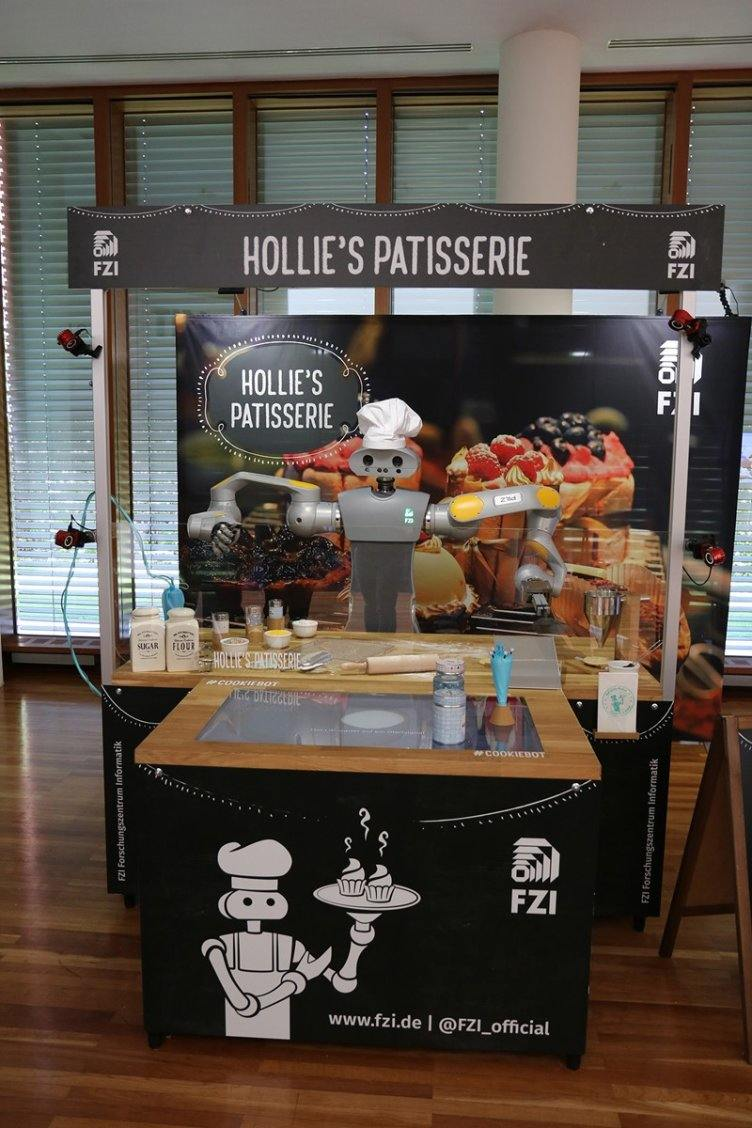 HoLLiE's Patisserie