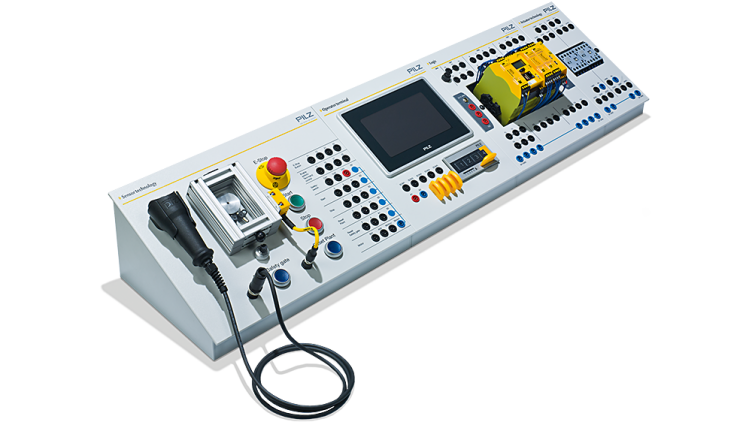 Control panels of Pilz Education Systems - Set L