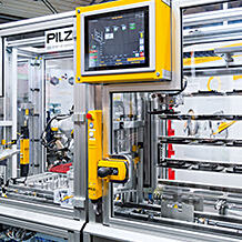 Modular to the factory of the future: On the Hannover Messe, Pilz shows innovative automation solutions for safety gate monitoring, among them safety gate systems and sensors.