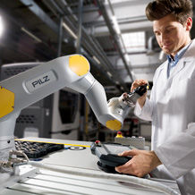 At this year's Automatica, the automation business Pilz also introduces its modules for service robotics for the first time.