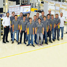 17 trainees and students launch their future careers at Pilz