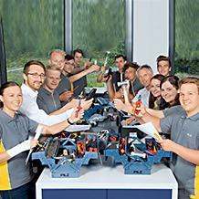 Tooled up for starting their career: on their first day, the new apprentices and dual students at Pilz were given not only important information by their trainers, but also their own personal toolbox.