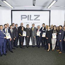 Pilz Award 2016 recognises the achievements of suppliers: Each year since 2006, Pilz GmbH & Co. KG has honoured its five top suppliers.