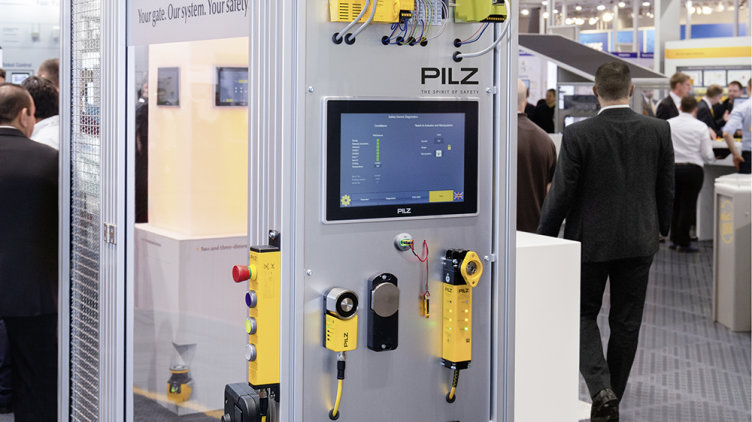 Visitors to Interpack can experience the Pilz safety gate model live on the Pilz stand and so discover the wide-ranging application options for the modular safety gate system in the packaging industry. (Photo: Pilz GmbH & Co. KG)